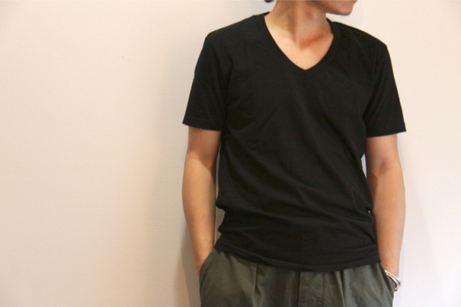Organic cotton V-neck T-shirts