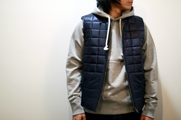 reversible vest by FUJITO