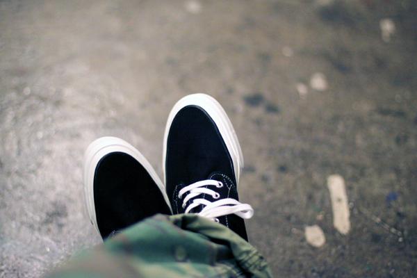 camo + sneaker